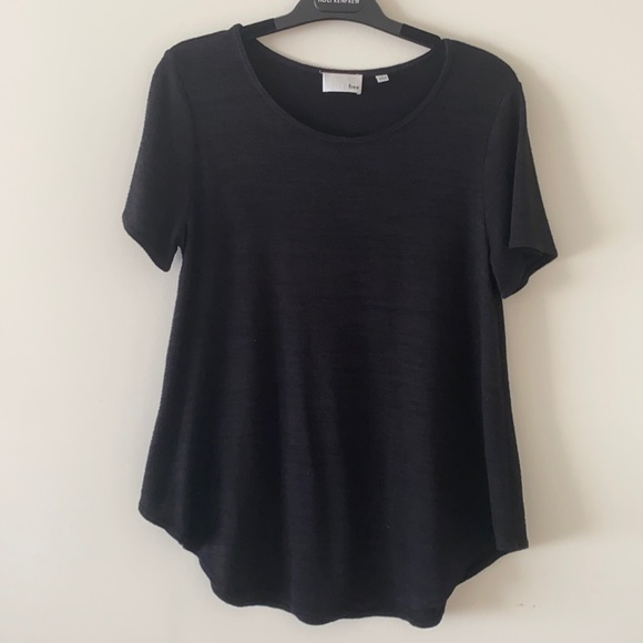Aritzia Wilfred free black Esther T-shirt (L)